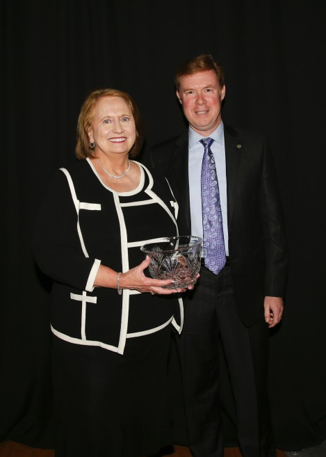 Jean Hale recieving the L.L. Pinkerton Vision Award